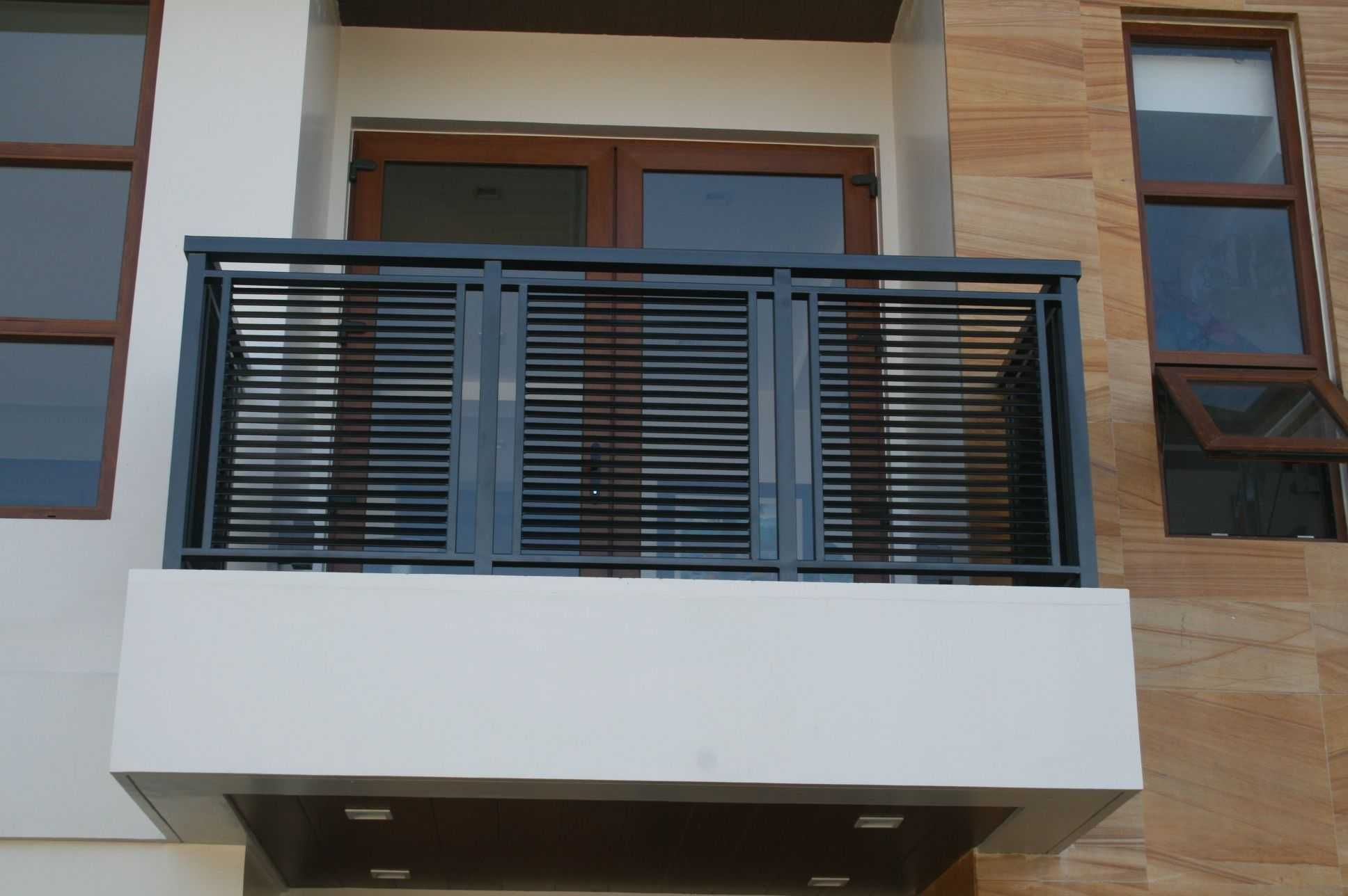 Front Balcony Steel Grill Design in 2019   Balcony grill ...